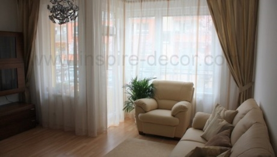 Závěsy a záclony smyslně zahalí váš interiér